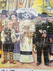 la Catrina de Diego Rivera-ftd Frida Khalo &Diego Rivera (gerrygoal2008) Tags: catrina calavera garbancera jose guadalupe posada jalisco mexico tlaquepaque diego rivera sueno tarde dominical dia muertos frida khalo alameda central mosaic street art fiestas indeginas azteques