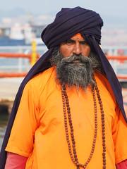 Allahabad - Pilgrim (sharko333) Tags: travel reise voyage asia asien india indien allahabad इलाहाबाद prayagraj प्रयागsangam khumbmela people man prayer pilgrim river olympus em1