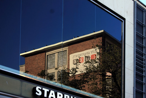 "Holstenstraße (12) • <a style=""font-size:0.8em;"" href=""http://www.flickr.com/photos/69570948@N04/49019589462/"" target=""_blank"">Auf Flickr ansehen</a>"