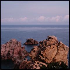 Costa Paradiso di mattina_Rolleiflex 3.5B (ksadjina) Tags: italia lasardegna rolleiflex35b analog film 6x6 kodakektar100 c41 costaparadiso