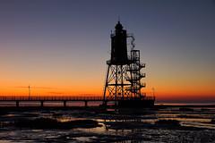 Leuchtturmdenkmal Obereversand zur blauen Stunde (jörg opfermann) Tags: sony 7m2 tamron 2470f28 leuchtturn lighthouse dorumneufeld nordsee blauenstunde niedersachsen stimmung northsea mood wattenmeer