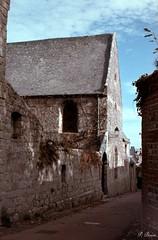 Couvent et cloître des pénitents (Philippe_28) Tags: saintvaleryencaux caux 76 seinemaritime france europe normandie normandy argentique analogue camera photographie film 135