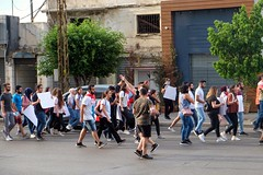BEIRUT - MARCHING FOR CHANGE (Maikel L.) Tags: asia asien westasia middleeast naherosten lebanon liban libanon beirut beyrouth ثورة بيروت لبنان revolution marching protests protest demonstration people change street