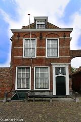 House-Veere_7665 (Lothar Heller) Tags: lotharheller architecture architektur city haus holland house netherland niederlande stadt urban veere