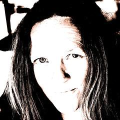 896-101 (roberke) Tags: portrait portret pose posing woman vrouw female face gezicht bewerkt eyes ogen hair haar smile glimlach vierkant
