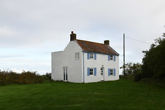 Cottage at Brancaster Staithe (PhotoCet) Tags: photocet norfolk brancasterstaithe