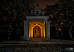 Ermita (JoseQ.) Tags: ermita iglesia construccion columnas elescorial nocturna lights luces