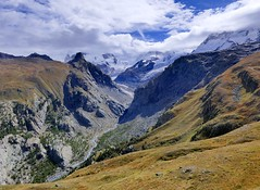 Looking down (evakatharina12) Tags: wallis valais switzerland zermatt riffelberg gornergrat gornera gletschertor gornergletscher monterosa mountains alps
