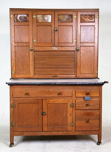 Nice Kitchen Cabinet with Caramel Slag Glass ($560.00)