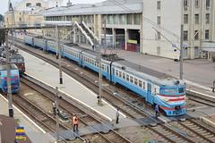 ER2-355 (Кевін Бієтри) Tags: er2355 er er2 uz ukrzalyznytsia ukrzaliznytsia ua ukraine ukraïna train zug treno trench sex sexy d3200 d32 d32d nikond3200 nikon kharkiv kharkov kharkivtrainstation kharkivpass spotterbietry kb