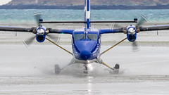 2_DS9500-2 (Invincible Moose) Tags: barra hial airport loganair dhc6 twinotter viking400 sea scotland outerhebrides beachlanding runway