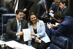 Plenário do Senado (Senado Federal) Tags: celular fotoposada luizfernandobandeirademellofilho ordemdodia plenário senadordavialcolumbredemap senadoraleilabarrospsbdf sessãodeliberativaordinária smartphone brasília df brasil