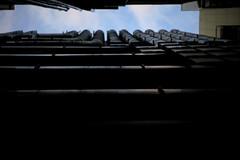 Recent Tokyo 05 (sunuq) Tags: japan 日本 canon eos 5dsr ペッツバール ロモグラフィ lomography zenit petzval tokyo ginza 銀座 sky skyscraper 路地裏 alley 配管 piping