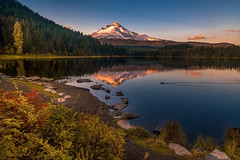 Trillium Lake in Autumn (Cole Chase Photography) Tags: mthood governmentcamp oregon pacificnorthwest trilliumlake autumn fall october reflection sunset