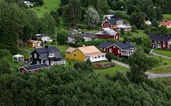 Landscape (Linnea from Sweden) Tags: nikon d7000 afs nikkor 35mm 18g landscape tree nature summer building house cottage green