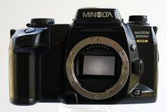 Minolta Maxxum 650si - front (wwimble) Tags: minoltamaxxum650si minolta slr camera shutterreleasebutton frontcontroldial selftimerlamp flashcontrolbutton lensrelease autofocusmanualfocusmodebutton depthoffieldpreviewbutton lenscontacts mountingindex mirror date