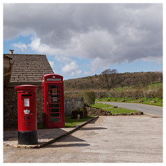 Phone and Mail. (Tony Joness) Tags: phonebox telephone postbox boltonabbey olympus olympusepl1 epl1 microfourthirds mft dxophotolab dxo panasonichh020