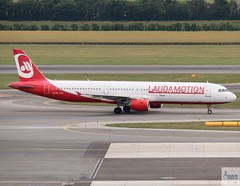 Laudamotion A321-211 OE-LCG taxiing at VIE/LOWW (AviationEagle32) Tags: vienna viennaairport viennaschwechatairport schwechatairport schwechat vie loww austria airport aircraft airplanes apron aviation aeroplanes avp aviationphotography avgeek aviationlovers aviationgeek aeroplane airplane planespotting planes plane flying flickraviation flight vehicle tarmac laudamotion airbus airbus321 a321 a321200 a321211 oelcg