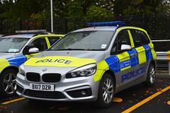 BX17 DZR (S11 AUN) Tags: london metropolitan police bmw 218i 2series grantourer driver training driving school panda car irv incident response unit 999 emergency vehicle metpolice bx17dzr