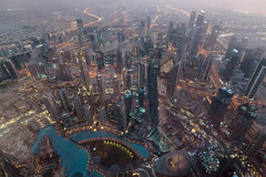 Dubaj1 (Dariusz Wieclawski) Tags: dubai dubaj zae emiraty skyscraper burjkhalifa nightscape nikon nikond750 d750 sunset dusk skyview atthetop emirates zeissflenseszf zeiss distagont3518 availablelight zf2 nikkor2470
