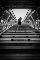Stairway to heaven! (Mustafa Selcuk) Tags: photoderue streetphotographer streetphotography streetshots streetshooter street parisien parisian xt2 fujifilmfrance monochrome monochromatic noiretblancphotographie noiretblanc bw bnw blackandwhite exercise jogging running bridges bridge stairway stairs 2019 paris france fujifilm