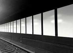 U Bhf. Walther-Schreiber-Platz (Chris Grabert) Tags: berlin steglitz ubahnhof u9 waltherschreiberplatz blackwhite schwarzweisss