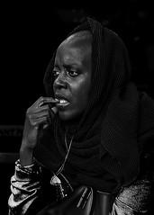 Portrait (D80_546418) (Itzick) Tags: candid bw blackbackground bwportrait woman face facialexpression streetphotography portrait d800 itzick