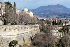 Bergamo, City-walls. (parnas) Tags: bergamo lombardije italia citywalls