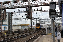 manchester piccadilly 150145 (brianhancock50) Tags: railway rail railways train trains dmu class150