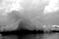 wave clouds (Antonio Piccialli) Tags: 2019 november novembre campania cilento castellabate panasonicdmclx100 porto onda ondata mare molo approdo temporale tempesta blackandwhite bianconero bwartaward blackwhite bn bw elaborazione explore explored fluidr fluidrexplored flickr flickrclickx santamariadicastellabate lungomare lumix canon eos 60d