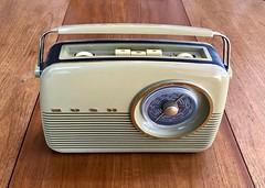 Bush radio 310*365 (♔ Georgie R) Tags: bushradio werehere wah hereio