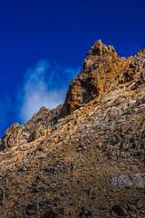 Bariloche 2019 - Cerro Catedral Diente de Caballo Pico y Cielo (Pablo Begni) Tags: argentina cerrocatedral patagonia bariloche rionegro montaña cielo nubes sol reflejo color encuadre piedras ladera iluminacion nikond800 nikon d800