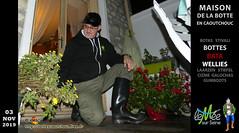 En bottes Bata à la M.B.C. (pascal en bottes) Tags: mbc bata maisonbottescaoutchouc seineetmarne maison muséebottescaoutchouc pascal pascalbourcier pascallebotteux diapered diapers betterdry bottédecaoutchouc cap casquette boots botas bottes bottespvc bottescaoutchoucfreefr botteux httpbottescaoutchoucfreefr wellingtonboots cizme galochas gumboots gummistiefel stivalidigomma wellies bottescaoutchouc rubberboots laarzen stivali stövler stiefel rainboots botte botasdehule caoutchouc cižmy diaperedinwellies gomma gummistövlar gumicsizma gumicizme gummicizme gay kumisaappaat rubberlaarzen hule httpbottescaoutchoucfreefrgalpascaljourjourpb002013html rubberen