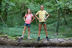 (slezo) Tags: canoneos6dmarkii canonef70200mmf28lisiiusm girls kids sisters portrait forest summer children outdoor nature