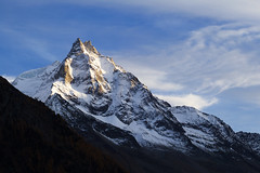 Besso – End of the day (Tounis_9) Tags: canoneosm50 canonef85mmf18usm valais mountains landscape alps switzerland snow