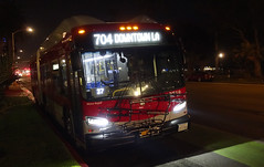 LACMTA 8718_704 Ocean & Arizona (Curb Side) 5-Nov-2019 (jonriley1979@att.net) Tags: lacmta metro losangeles newflyer nfi xn60 rapid xcelsior bus