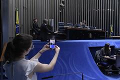 Plenário do Senado (Senado Federal) Tags: plenário sessãodeliberativaordinária senadorromáriopodemosrj senadorantonioanastasiapsdbmg vídeo gravação celular brasília df brasil