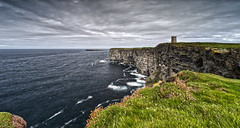 Marwick Head Cliffs (captures.in.time) Tags: rspb marwick head marwickhead cliff seaside coast scotland orkney visitorkney visitscotland scottsmagazine coastline islands northern north birsay kitchener kitchenermemorial birds kirkwall stromness orcadian landscape landscapephotography wonderlust lonelyplanet ngc ngm travel travelphotography mainland wwi worldwarone memorial thegreatwar