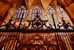 Catedral de León (sonialuna250) Tags: catedral arquitectura españa vidrieras cultura