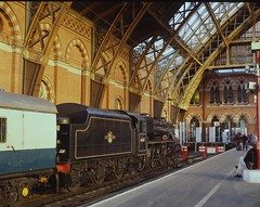 44767 at St Pancras  25.3.95 (Neville Wellings) Tags: stpancras 44767 georgestephenson blackfive