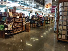 Awesome front checklanes! (l_dawg2000) Tags: 1960s 2014remodel fromermontesigrocery groceries grocerystore healthfood memphis poplarave remodel retail shelbycounty tennessee tn wholefoods unitedstates