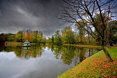 Afternoon in the park (Tobi_2008) Tags: park teich pond spiegelung reflection himmel sky herbst autumn sachsen saxony deutschland germany allemagne germania