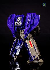 Siege_Astrotrain_back (Weirdwolf1975) Tags: tfylp transformers siege astrotrain impactor blitzwing octane