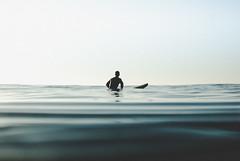 20141128 -Surf_41 (Laurent_Imagery) Tags: lajolla surf surfer surfline surfeur surfermagazine water waterhousing sea ocean oceanpacific pacific pacificocean windansea sandiego california state horizon sunset swell wave waves silhouettes blue nikon d200 editorial magazine sport lifestyle spirit inspiration happiness waiting
