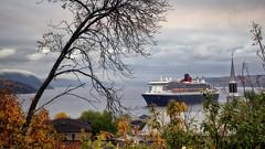 Un matin d'Octobre (gaudreaultnormand) Tags: automne baiedeshaha bateau calme canada couleurs croisière église fjord labaie paysage quebec queenmary2 saguenay