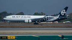 ZK-OKA Boeing 777-219ER Air New Zealand (SamCom) Tags: klax lax terminal3 zkoka boeing 777219er airnewzealand b772