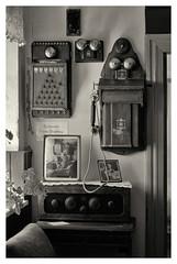 Alte Telefonvermittlung / Old telephone exchange (Dirk Böhling) Tags: monochrome monochrom m9 zm blackandwhite teletessart485 reportage house
