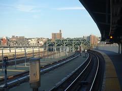 201910082 New York City subway station 'Smith–Ninth Streets' (taigatrommelchen) Tags: 20191042 usa ny newyork newyorkcity nyc brooklyn icon urban city building railway railroad mass transit subway station elevated bridge
