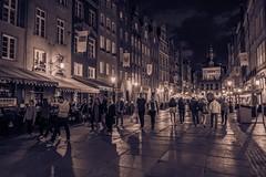 Gdańsk (nightmareck) Tags: gdańsk trójmiasto pomorskie polska poland europa europe night handheld monochrome monochromatic fujifilm fuji fujixt20 fujifilmxt20 xt20 apsc xtrans xmount mirrorless bezlusterkowiec xf18mm xf18mmf20r fujinon pancakelens