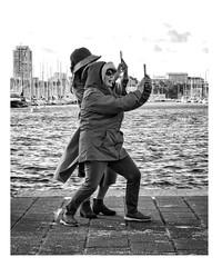 Banzaï !!! (streetspirit13) Tags: streetphotographer streetpassionaward streetphotography streetlife blackandwhite bnwdemands bnwphotography bnwstreetphoto blancoynegro canonfrance monochrome bw candidstreetphotography